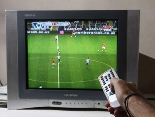 2e2c59a326c26 La Federación se desentiende del fútbol televisado y ya  deja hacer ...